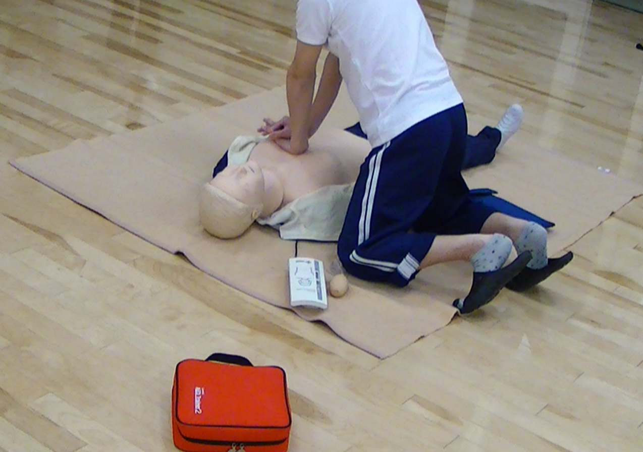 CPR訓練.jpg